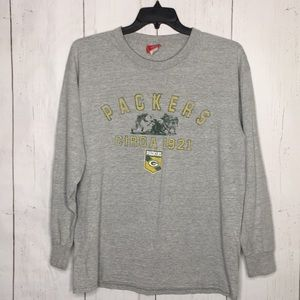 Packers NFL Ling Sleeve Tee Shirt Size Large